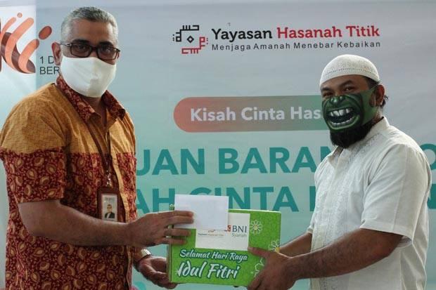 BNI Syariah Bagikan Ratusan Paket Sembako di Bandung Raya