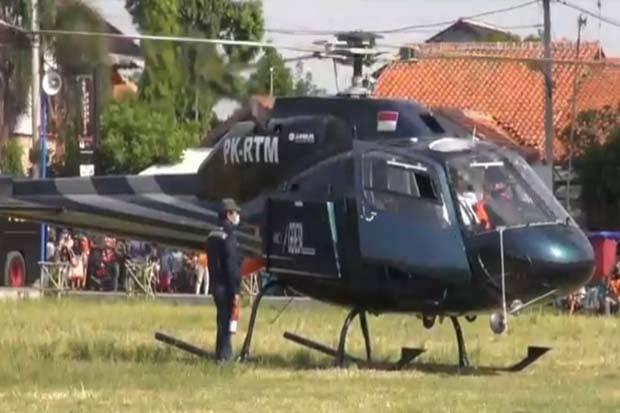 Naik Helikopter, Wali Kota Tegal Pimpinan Penyemprotan Disinfektan