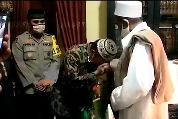 Habib Umar Assegaf dan Anggota Satpol PP Sepakat Berdamai
