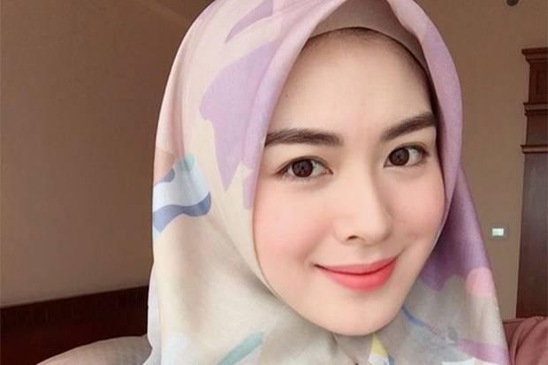 Makeup Cantik untuk Lebaran ala Ayana Moon