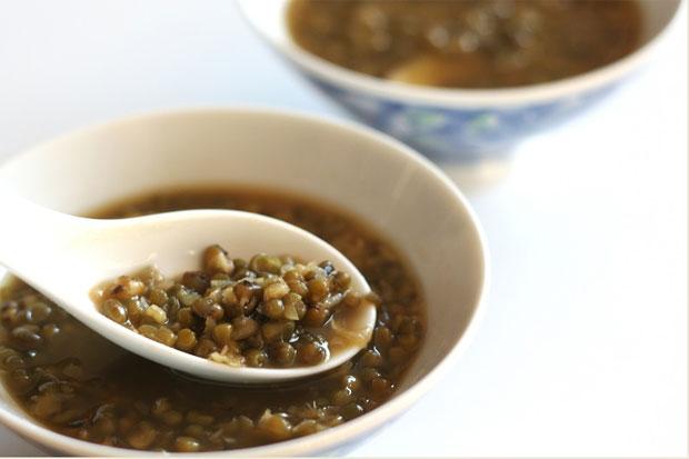 Banyak Makan di Hari Raya, Yuk Netralkan dengan Kacang Ijo