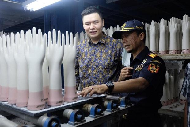 Penjualan Pencetakan Sarung Tangan Naik 9,94% di Masa Pandemi Covid-19