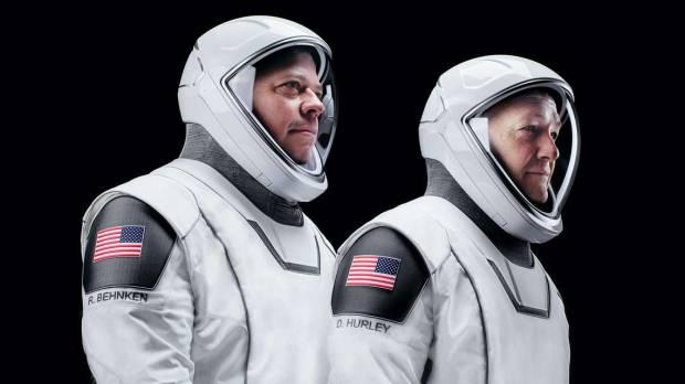 Seragam Astronot SpaceX Dirancang Desainer Kostum Batman dan Captain America