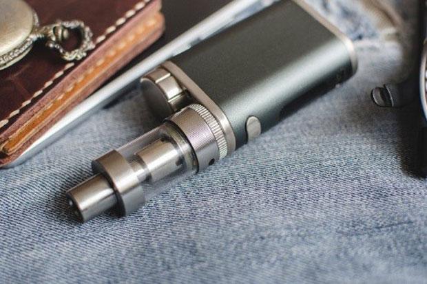 APVI Larang Penjualan Produk Tembakau Alternatif bagi Anak-Anak