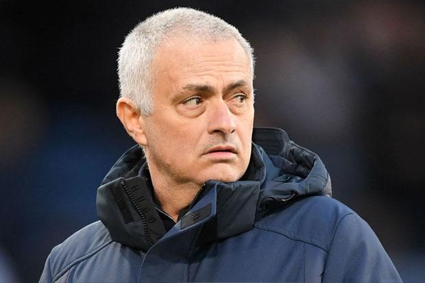Mourinho: Spurs Tak Bisa Bersaing Dengan Klub Lain di Bursa Transfer