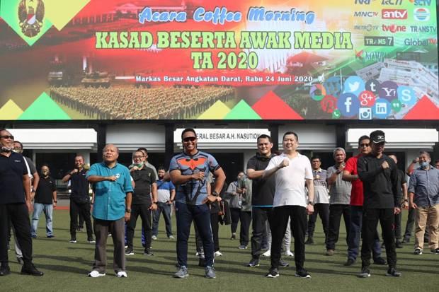 Olahraga Bersama, HT-KSAD Andika Perkasa Bahas Persoalan Bangsa