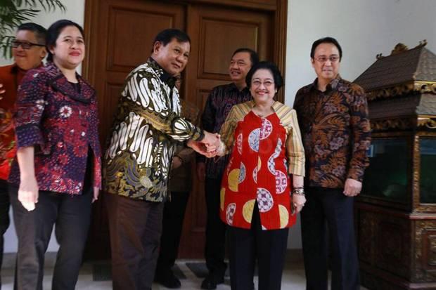 Pilpres 2024 Pertarungan Bebas, Kubu Pro Jokowi Berpotensi Munculkan Prabowo-Puan