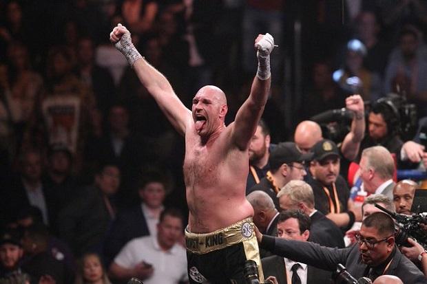Hearn Anggap Fury Membual soal Wilder KO Whyte dan AJ Satu Ronde