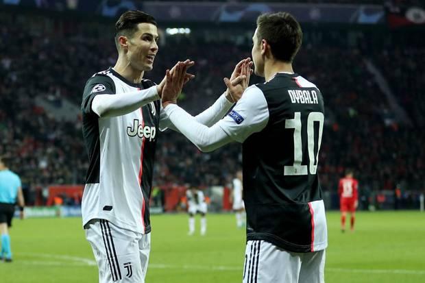 Sarri Isyaratkan Turunkan Ronaldo dan Dybala
