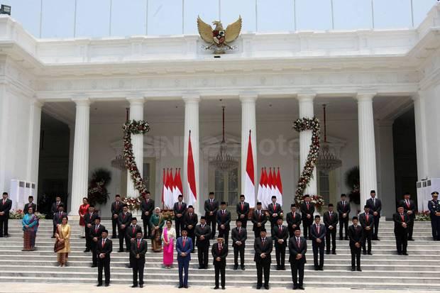 Analis Politik ke Jokowi: Tak Cukup Menegur, jika Perlu Reshuffle Menteri