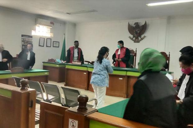 Pengadilan Bebaskan Dokter Elisabeth yang Buat Pasiennya Buta