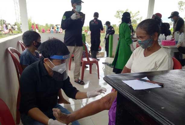 Korban Banjir di Malangke Barat Dapat Pelayanan Kesehatan Gratis