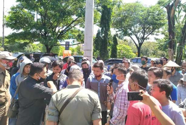 Petani Bulukumba Minta Pemerintah Antisipasi Kelangkaan Pupuk
