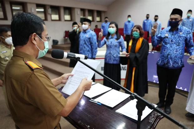 Ratusan PNS Pemkot Makassar Disumpah dan Dilantik Via Daring