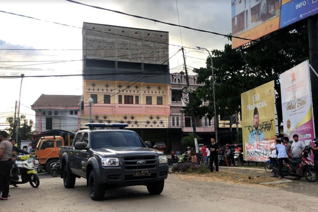 Lahan Pesantren Dikuasai Pribadi, Warga Lingkup Darul Istiqomah Demo