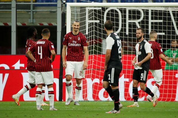 Senangnya Ibrahimovic Bisa Tertawakan Ronaldo Saat Milan Permalukan Juventus