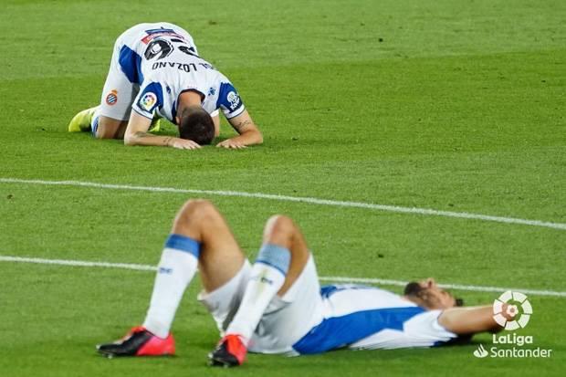 Mimpi Buruk Espanyol, Menyerah Setelah 27 Tahun