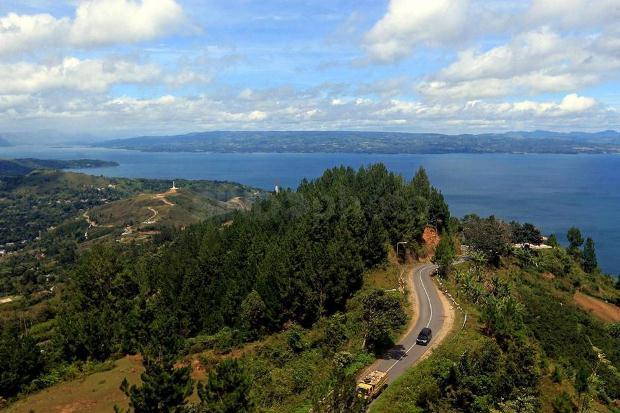 Pemerintah Mulai Garap 10 Desa Wisata di Danau Toba