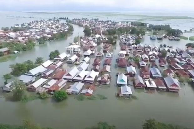 Sudah Dua Bulan, Ribuan Rumah Warga di Wajo Terendam Banjir