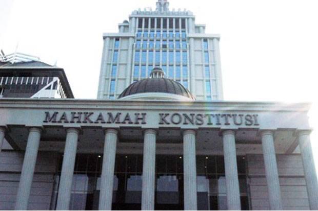 Hakim MK Heran Kuasa Hukum Tutupi Fakta Ki Gendeng Pamungkas Meninggal