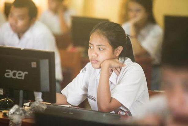 Belajar dari Rumah Diperpanjang Hingga 25 Juli, Siswa Baru Kenal Sekolah Lewat Daring
