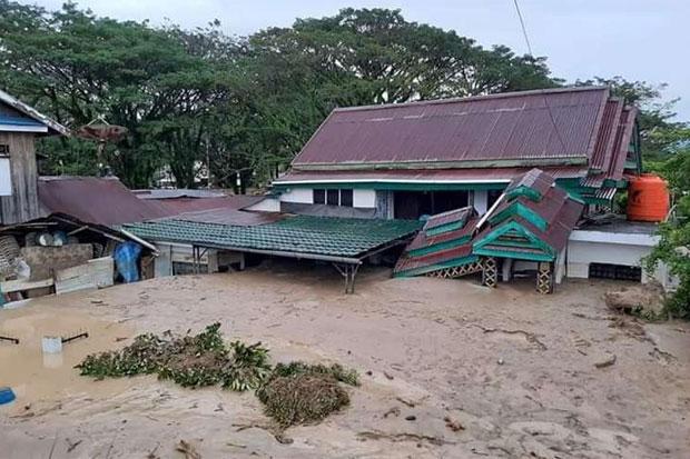 Banjir Bandang Terjang Ribuan Rumah Warga di Masamba