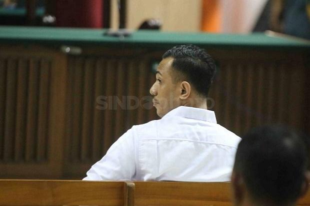 Lebih Ringan dari Rekannya, Ronny Bugis Divonis 1,5 Tahun Penjara