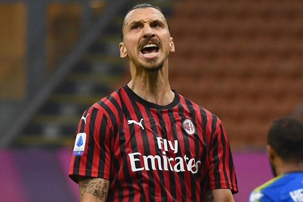 Pioli Sebut Ibrahimovic Bisa Bantu Milan Jadi Lebih Baik
