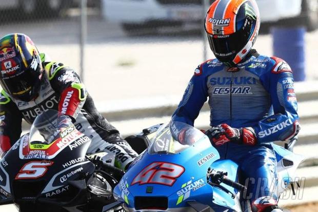 Alex Rins Dibawa ke Rumah Sakit Usai Kecelakaan di Kualifikasi
