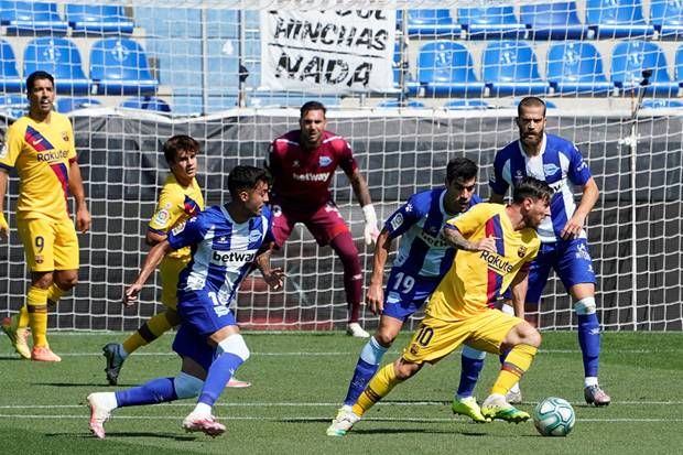 Babak Pertama, Ansu Fati, Messi, dan Suarez Koyak Gawang Alaves