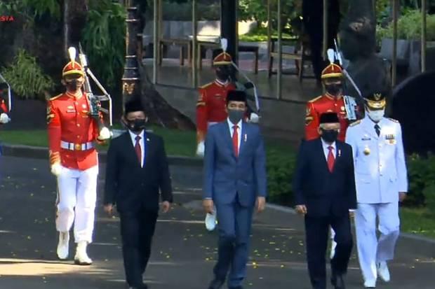 Belum Lima tahun, Presiden Jokowi Tiga Kali Lantik Gubernur Kepri
