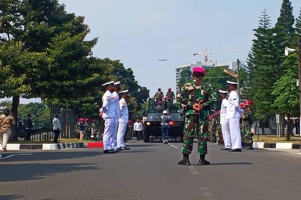 Kunjungi Markas Marinir, Mahfud MD Tinjau Fasilitas Pasukan Elit TNI AL