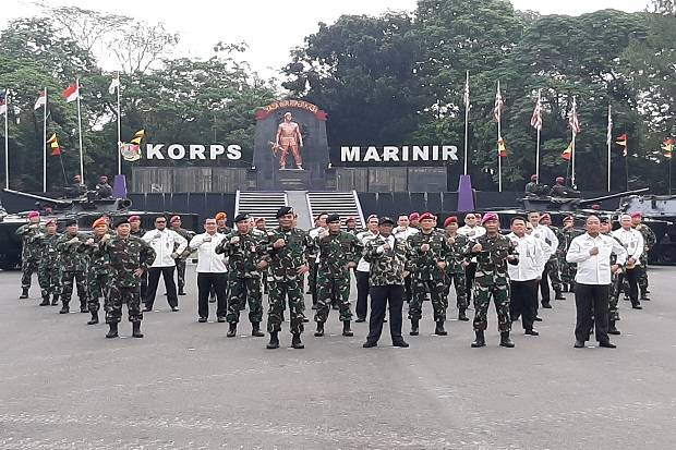 Sambangi Korps Marinir, Mahfud MD: Jangan Ada Kecurigaan Militer Anti HAM