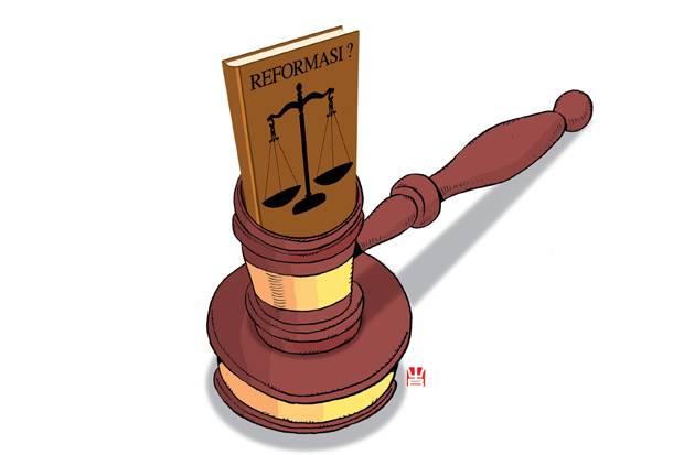 Pakar Pidana Sebut PK Jaksa Atas Djoko Tjandra Cacat Hukum