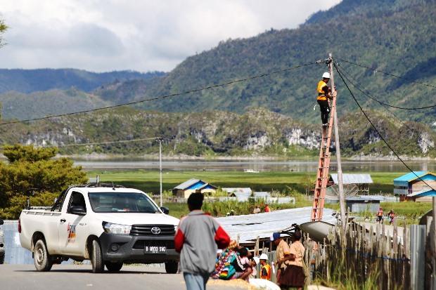 Target Rasio Elektrifikasi 100 Persen Kesetrum Pandemi