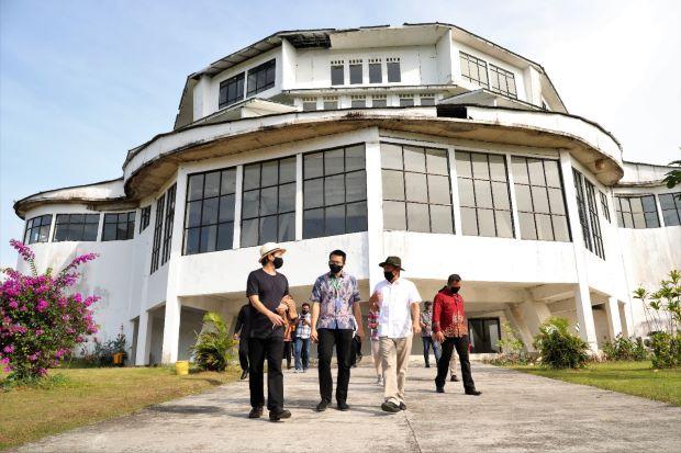 Punya Aset Gedung Keren di Puncak Tapi Mangkrak, Menkop Teten: Oktober Harus Jadi Pusat Pelatihan Bisnis