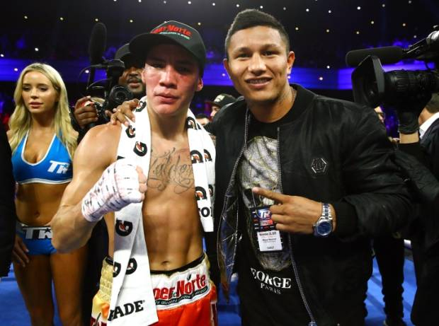 Predator KO Oscar Valdez On Fire Memburu Raja Kelas Bulu WBC