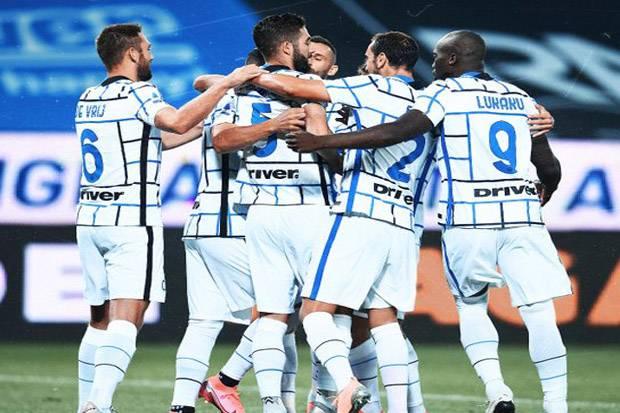 Atalanta Gagal Ukir Sejarah, Juventus Dipermalukan Serigala Roma