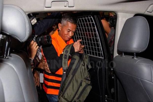 Dituntut 8 Tahun Penjara, Hak Politik Wahyu Setiawan Juga Dicabut