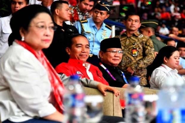 Jokowi Digenggam Megawati, Prabowo Bukan Putra Mahkota di 2024