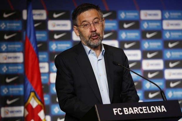 Bartomeu Pastikan Barcelona Tidak Akan Jual Pemain Muda