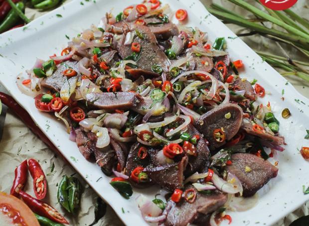 Saatnya Makan Enak! Ini Rekomendasi Tempat Wisata Kuliner di Kota Bandung