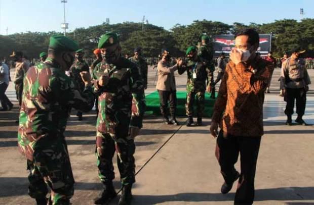 Kodam XIV Hasanuddin Gelar Apel Pasukan Operasi COVID-19, Prof Rudy: Momentum Sangat Baik