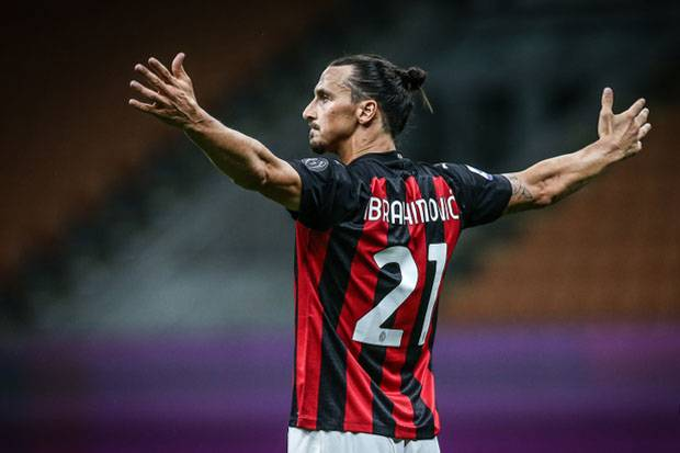 Pioli Jamin Ibrahimovic Bakal Tetap Setia Bersama Milan