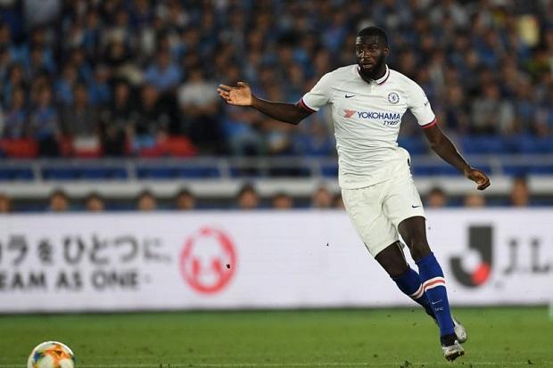 Oga Balik ke Chelsea, Bakayoko Rela Gajinya Dipotong demi Gabung AC Milan