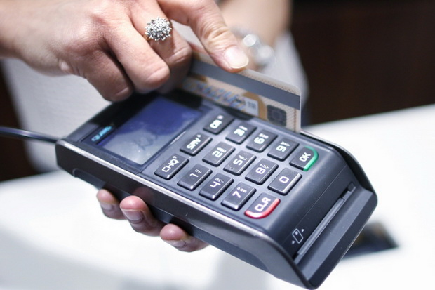 Nasabah Bank Mandiri Suka Gesek, Volume Transaksi Kartu Kredit Capai Rp15 T