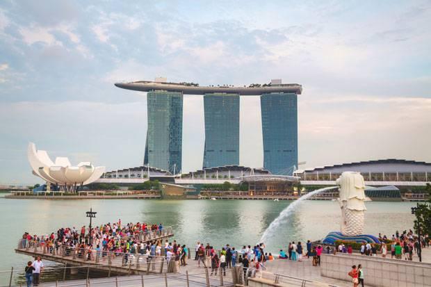 Indonesia dan Singapura Diramal Paling Cepat Pulih dari Covid-19, Apa Pasal?