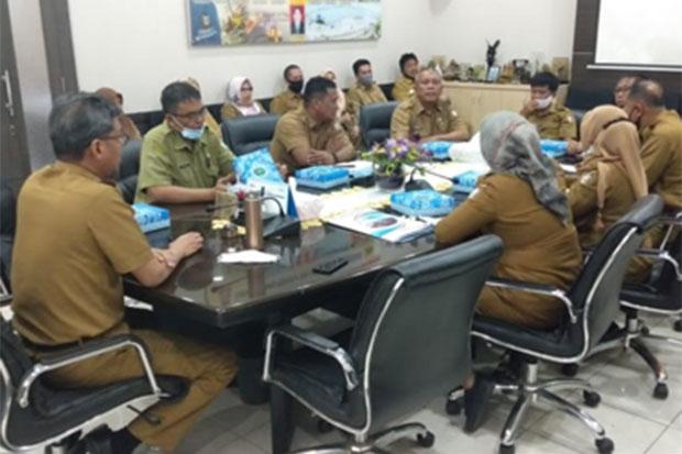 Dinas PU Kota Makassar Evaluasi Kinerja Tenaga Kontrak