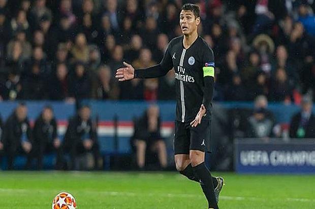 Ingin Terus Bermain untuk PSG, Thiago Silva Tunggu Kontrak Baru