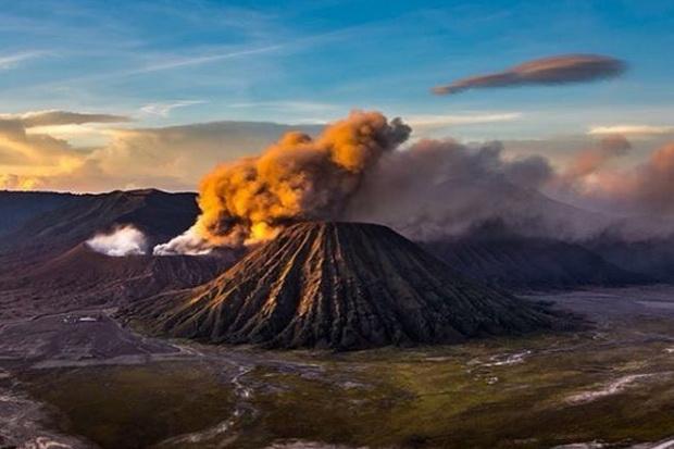 Besok, KLHK Mulai Buka Kawasan Gunung Bromo untuk Wisatawan